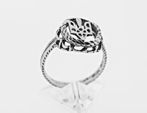 RI_UK-TR_0058_S   .925 Sterling Silver Ukrainian Tryzub Ring